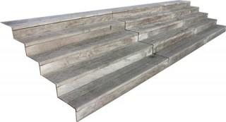 Escalier de bois détouré
