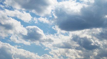 Photo nuages et soleil