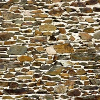 Mur de pierres à la chaux